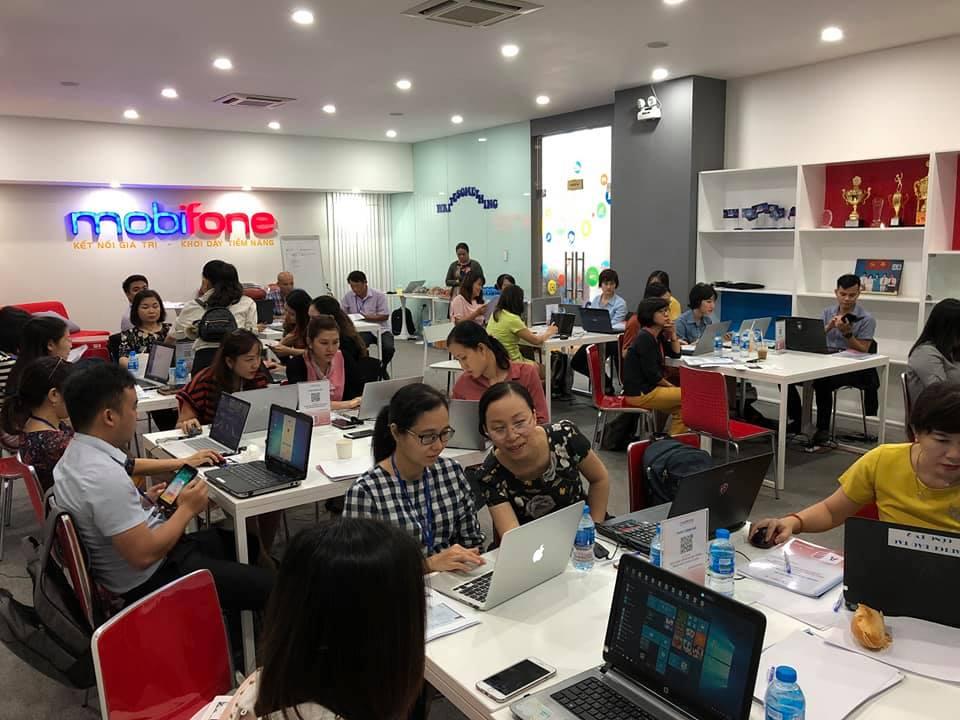 GV Nguyễn Quang Vinh hoàn thành chương trình huấn luyện cho tập đoàn MobiFone 2