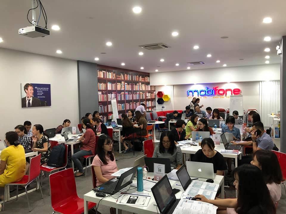 GV Nguyễn Quang Vinh hoàn thành chương trình huấn luyện cho tập đoàn MobiFone 3